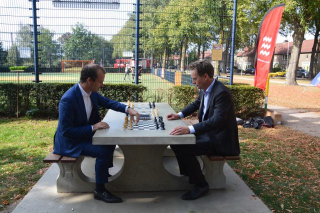 Opening Outdoor Chess Table
